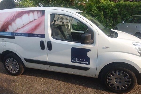 Onze nieuwe bedrijfsauto kun je nu tegenkomen!
