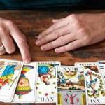 Tarot Readers Provide Spiritual Guidance
