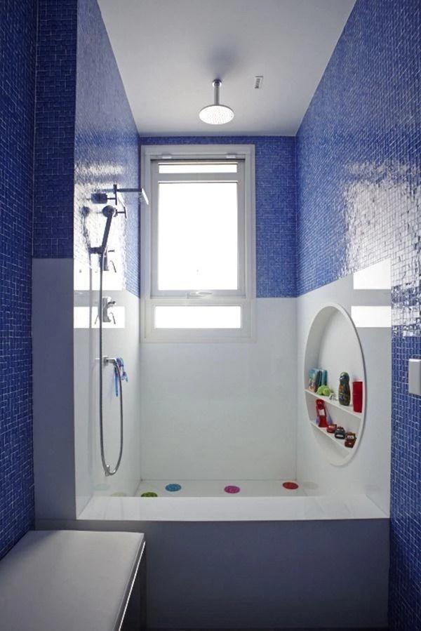 30 banheiros azuis repletos de delicadeza e charme