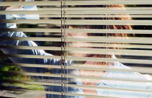 invisibilità non è superpotere mostra violenza donne