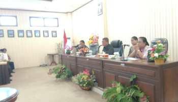 Pertemuan Bupati Malra dengan Para Kepala Ohoi di Malra