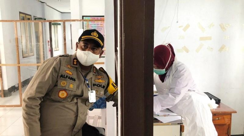 Kapolres Malra jalani rapid test di RSUD Maren Kota Tual