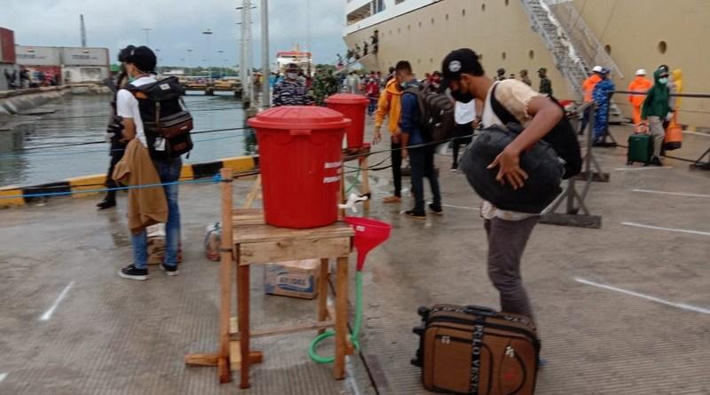 Pelabuhan Yos Sudarso Kota Tual
