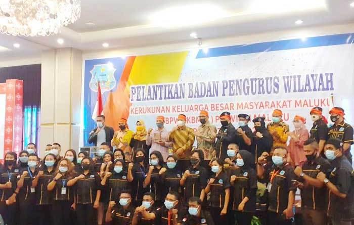 Ketua KKBM, DR. Djamaludin Koedoeboen, S.H, M.H melantik Pengurus DPW KKBM Provinsi Maluku
