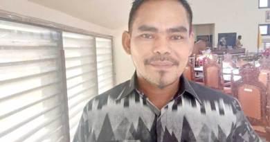 Anggota-DPRD-Malra-Awaludin-Rado-asal-Partai-Hanura