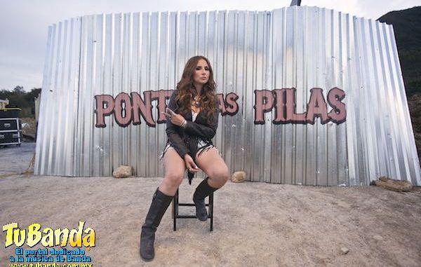 """América Sierra en grabación del video """"ponte las pilas"""""""