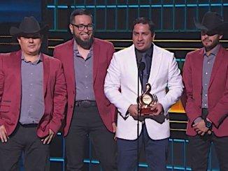 Julión Álvarez en Premios Lo Nuestro