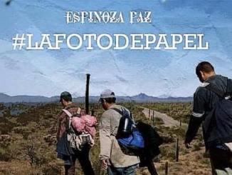 Espinoza Paz - una foto de papel