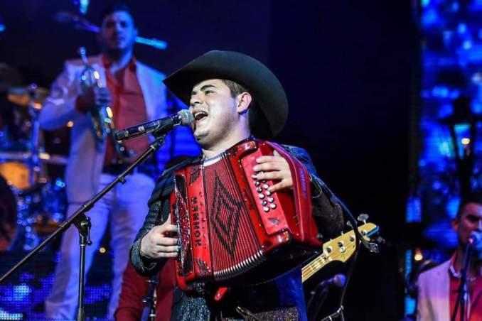 #TubandaNews: Alfredo Olivas revienta una vez mas el Auditorio Telmex en Guadalajara, Jalisco.