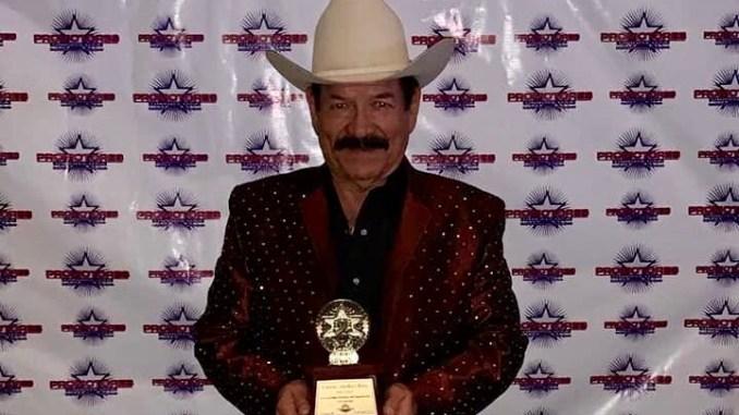 """Don Chayo recibió la presea """"Las Leyendas Vivientes del Espectáculo"""" en la pasada junta de Promotores Unidos USA que se llevó a cabo en Las Vegas, Nevada"""