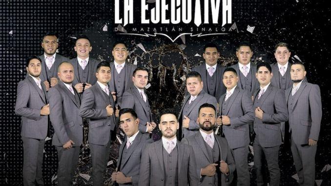 Dos de los vocalistas de Banda La Ejecutiva, Uriel Osuna y Eduardo Leyva, estuvieron en entrevista con nosotros platicando sobre su nuevo material discográfico