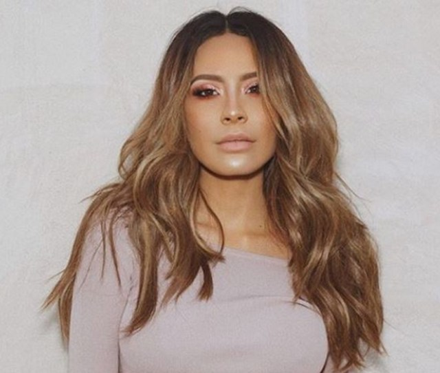 Beauty Vlogger And Entrepreneur Desi Perkins Signs With Caa
