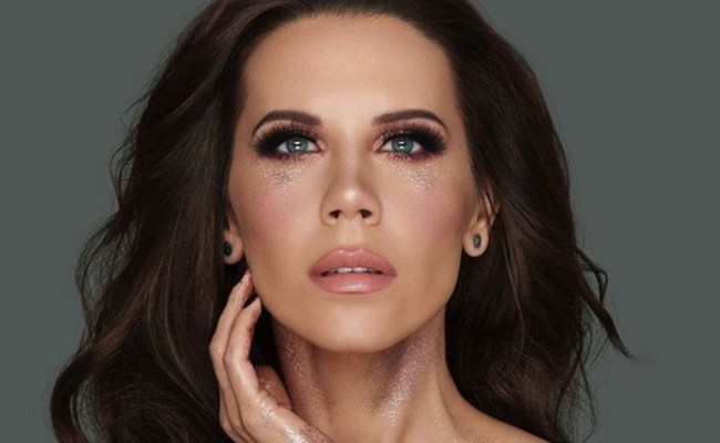 Tati Westbrook Launches Makeup Brand As Youtuber Palette
