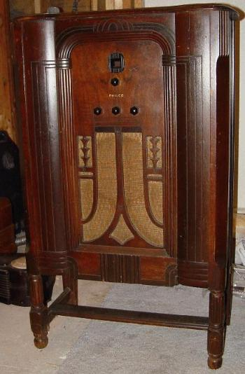 Philco Model 66L Lowboy Floor Standing Radio