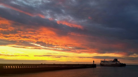 The Channel Ferry - off into the sunset!
