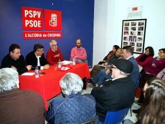 Intervinieron el Secretario de Política Municipal provincial y portavoz en la Diputación de Valencia, Pablo Seguí, el Secretario General de La Costera-La Canal, Xavi Simón, y el Secretario General y Alcalde de L'Alcúdia, Roberto Granero.