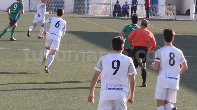 El CD Buñol ha cosechado un importantísimo punto frente al tercero. Foto: Raúl Miralles.