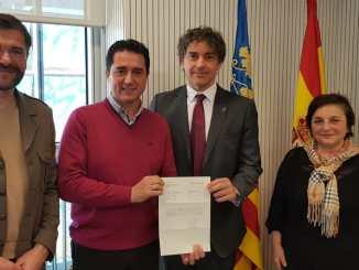 El secretario autonómico de Turisme se ha reunido con el concejal de cultural de Llíria para conocer la candidatura.