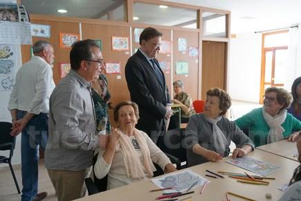 A més, ha realitzat una visita institucional a l'Ajuntament de la localitat, així com al centre de respir de la tercera edat del municipi.