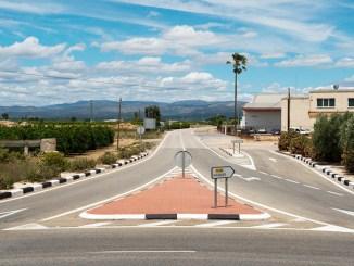 Carretera entre Llíria y Alcublas.