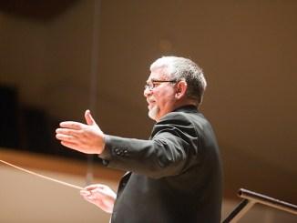 El ayuntamiento ha informado que para dirección artística de la Agrupación Musical que contará con la batuta Jesús Perelló.
