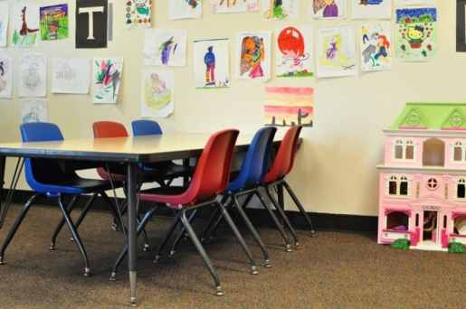 Westin Kids Club Art Table