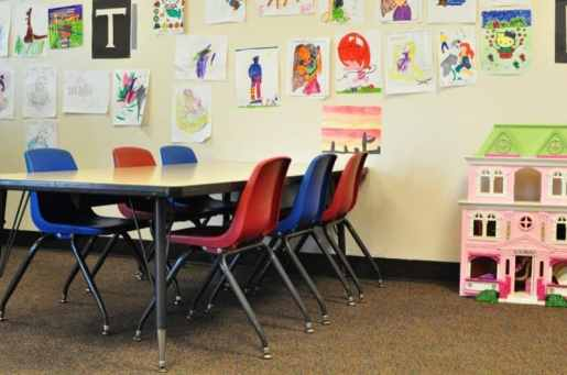 Westin Kids Club Art Table