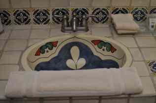 guestroom bathroom at Tanque Verde Ranch