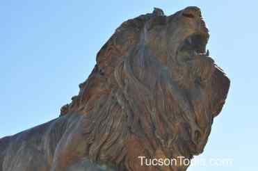 lion sculpture at International Wildlife Museum
