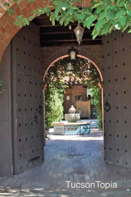 Tohono-Chul-Garden-Bistro-entrance
