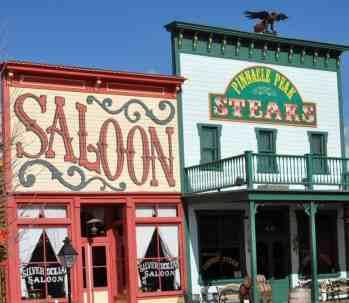 Pinnacle Peak steakhouse and saloon