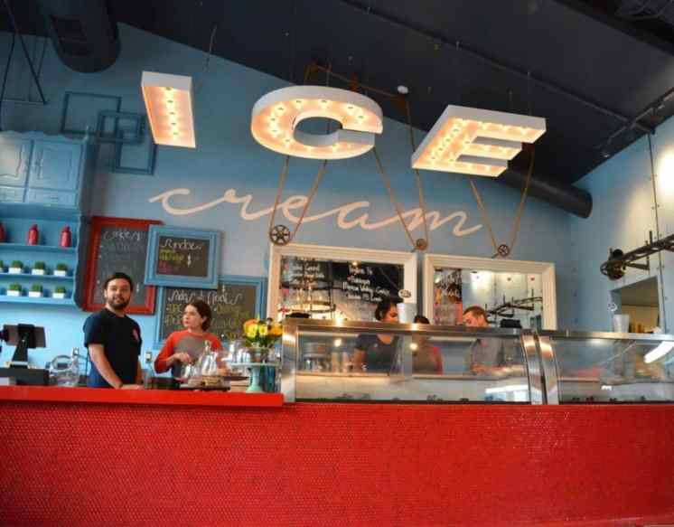 Sundaes Sodas Floats in Downtown Tucson