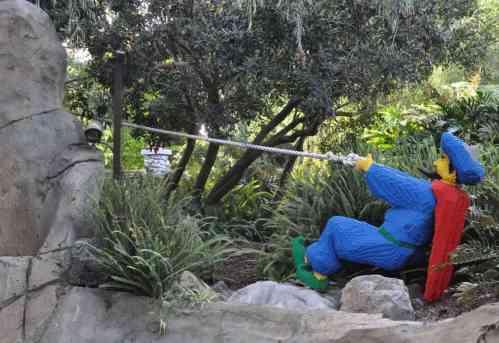 Aladdin scene at LEGOLAND California