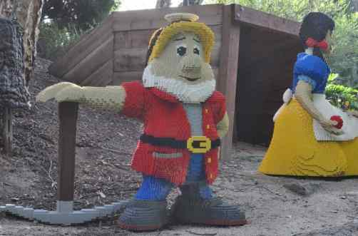 Snow White and the Seven Dwarves at LEGOLAND California