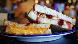 grilled-cheese-or-pbj-at-beyond-bread