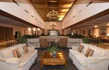 Lobby Omni Tucson 4