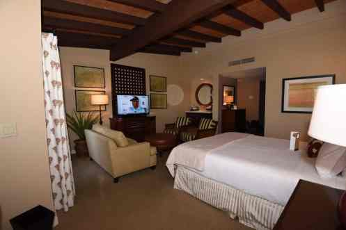 Premier Mountain Vista Room Omni 3