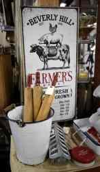beverly hills farmers market vintage sign