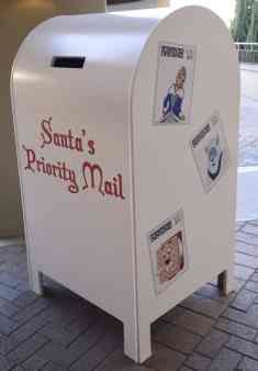 Santa_s Priority Mail Christmas at the Princess