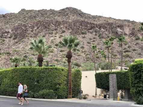 couple Phoenician Resort Scottsdale