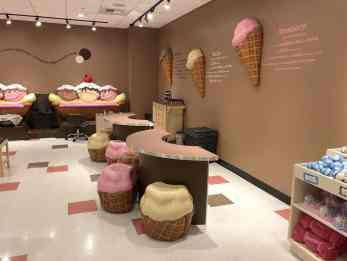 Scooops Ice Cream Themed Spa Great Wolf Lodge