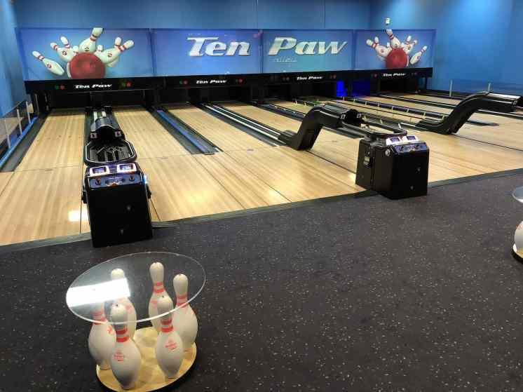 Ten Paw Bowling Great Wolf Lodge