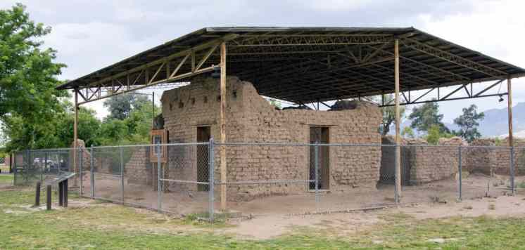 historic buildings Fort Lowell Park