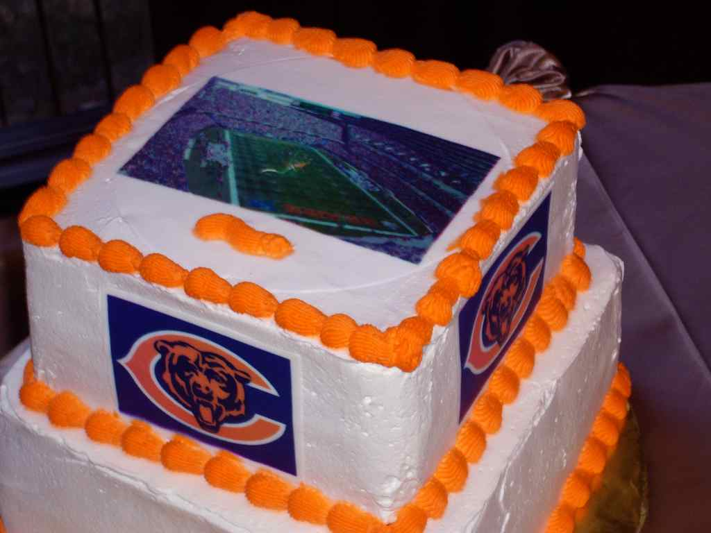 Chicago Bears Wedding Cake  My Tucson Wedding
