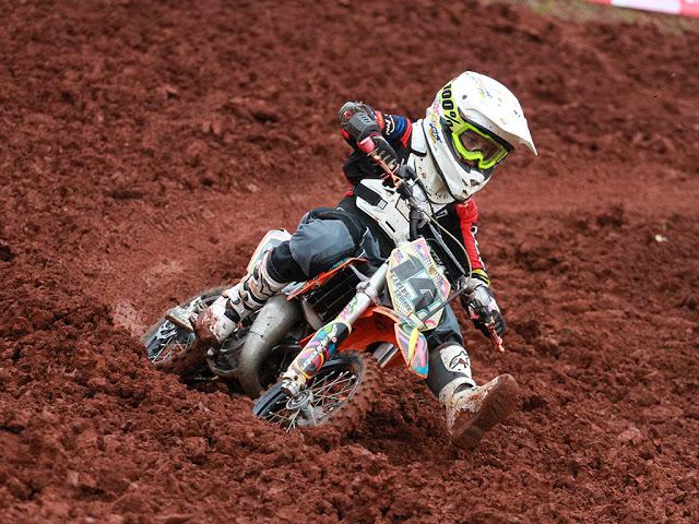 Curitiba recebe 2ª Etapa do Brasileiro de Motocross para categorias MXF, MX4, 65cc e 50cc