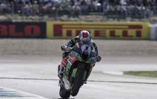 Rea vence as duas baterias no GP da Espanha