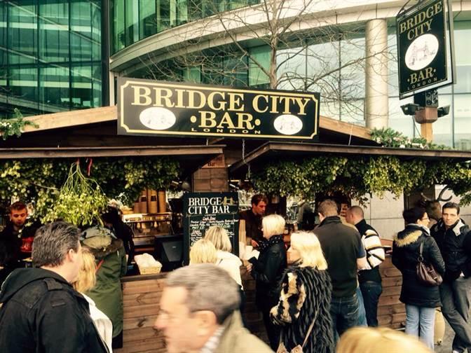 Christmas Market Bridge City Bar