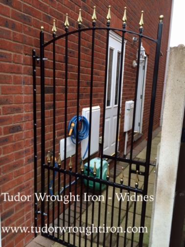 SIDE GATESSECURITY GATES Wwwtudorwroughtironcom