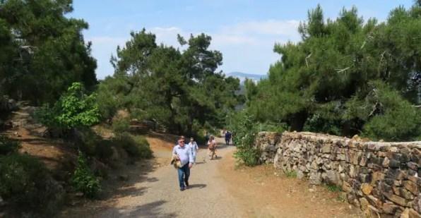 Weg zum Kloster