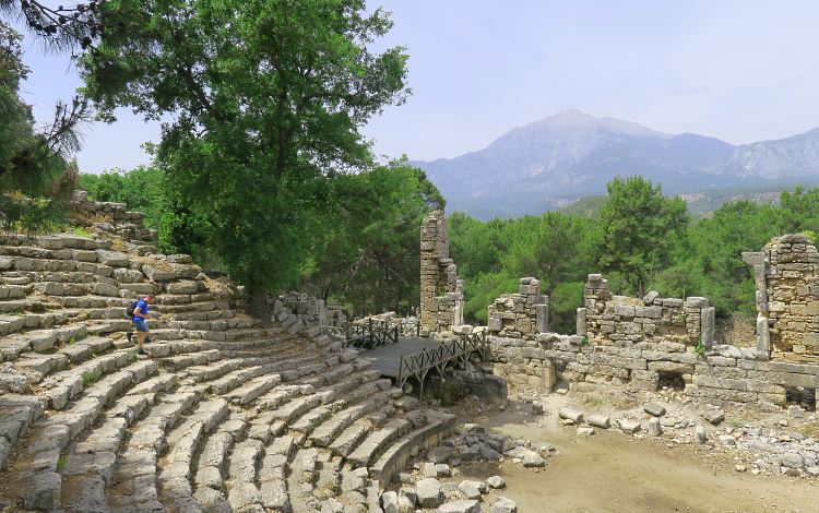 Das Theater in den Ruinen der antiken Stadt Phaselis.